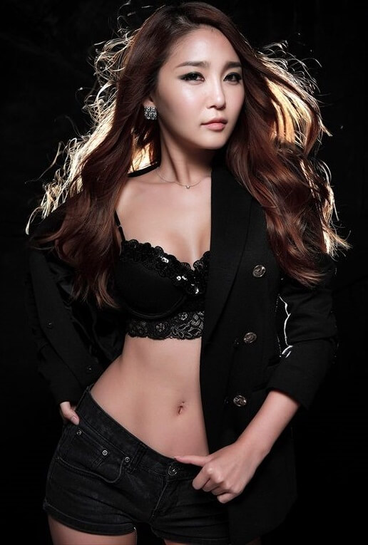 Bang Eun Young | Featured Asian Model6