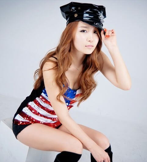Bang Eun Young | Featured Asian Model9