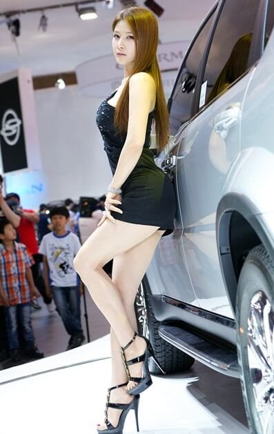 Hwang Ga Hi | Asian Car Model5