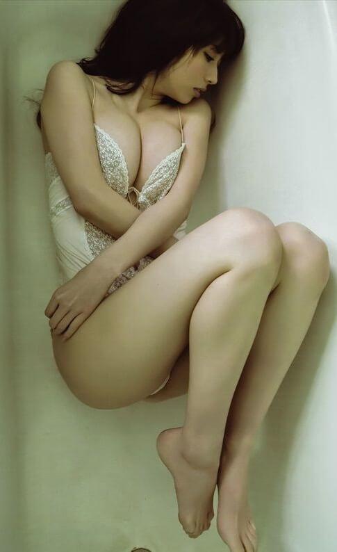 Emi Kobayashi | Hot Asian Girl1