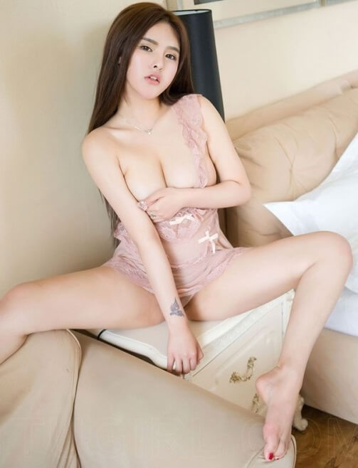 Horny Asian Babe | Model of the Week7