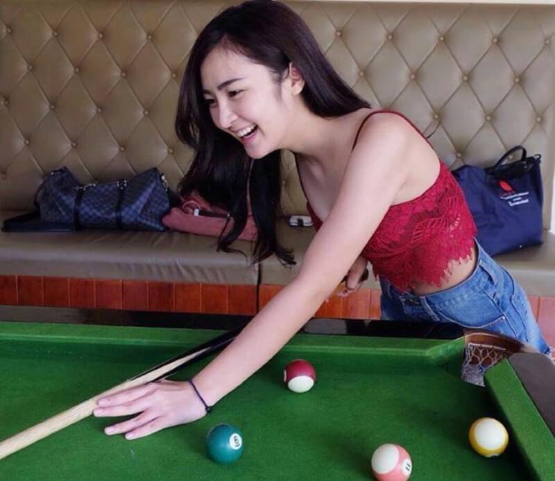 Billiards Chicks   Hot Asian Group11
