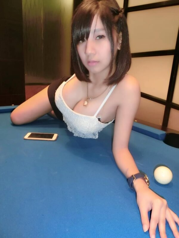 Billiards Chicks | Hot Asian Group4