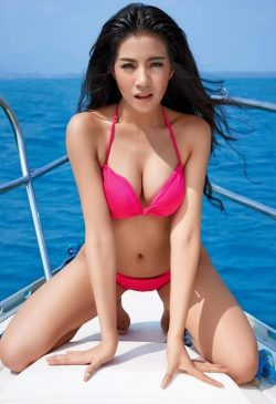 Hottie on a boat | Hot Asian Girl 2