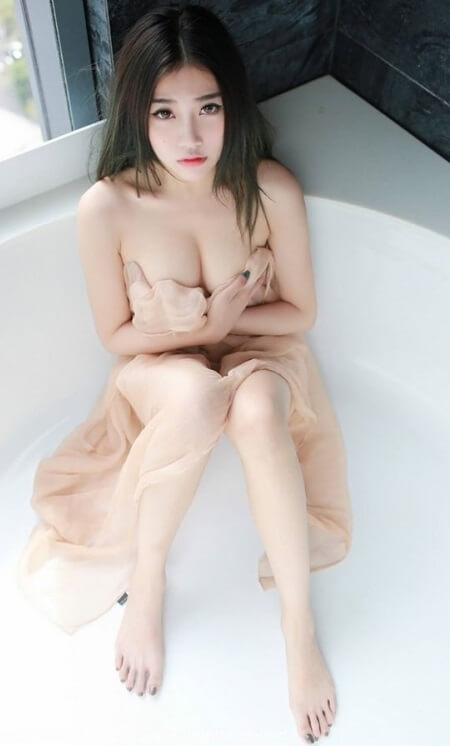 Wet Asian Babe | Model of the Week3