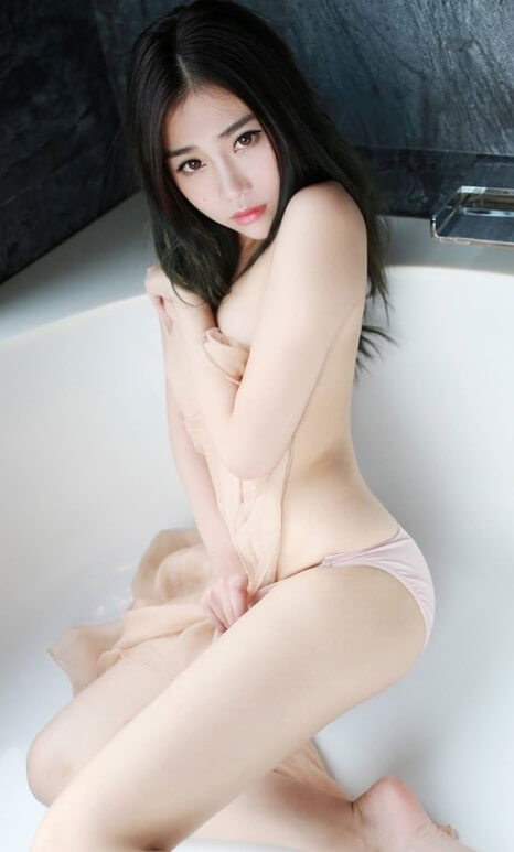Wet Asian Babe | Model of the Week7