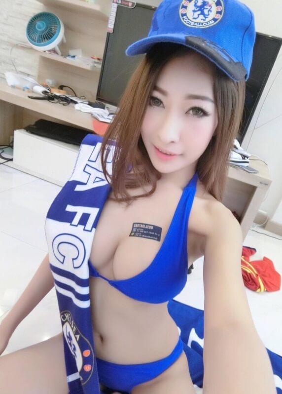 Sexy Chelsea Fan | Asian Net Idol7